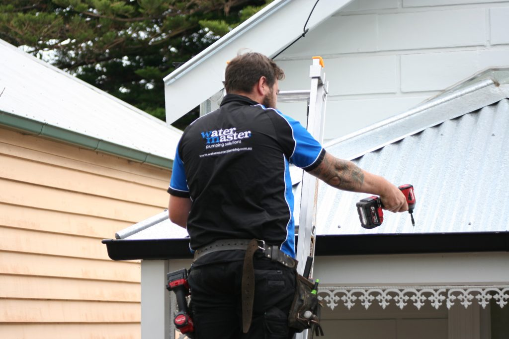 roof repairs in Melbourne